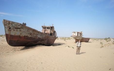Źródło zdjęcia:  http://prawica.net/files/2014/Aral6.jpg