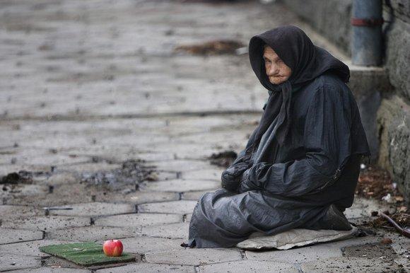 Dlaczego bogaci się bogacą, a biedni biednieją? Przypowieść zprzesłaniem